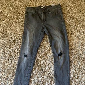 Never worn Banana Republic jeans size 27